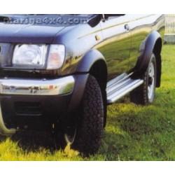 Marche pieds ALU S50 NISSAN KING CAB 4 PORTES - 1997 - accessoires 4X4 MISUTONIDA