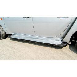 Jeu de marche pieds en aluminium pour TOYOTA Hilux (Vigo) X-Tra cab (2 portes, 4 places)
